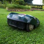 Les robots tondeuses pour les seniors